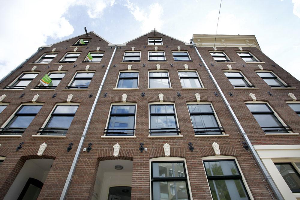 https://www.kroombv.nl/wp-content/uploads/2017/05/aannemer_amsterdam_renovatie_verbouwing_kroom_noordtstraat9.jpeg