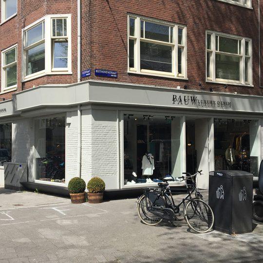 https://www.kroombv.nl/wp-content/uploads/2017/05/aannemer_retail_verbouwing_amsterdam_kroom_2-540x540.jpg