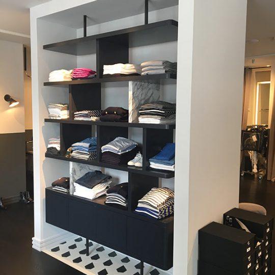 https://www.kroombv.nl/wp-content/uploads/2017/05/aannemer_retail_verbouwing_amsterdam_kroom_5-540x540.jpg