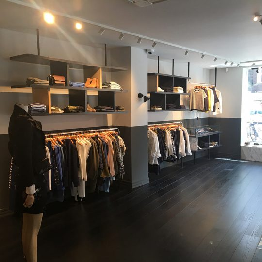https://www.kroombv.nl/wp-content/uploads/2017/05/aannemer_retail_verbouwing_amsterdam_kroom_8-540x540.jpg