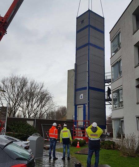 https://www.kroombv.nl/wp-content/uploads/2017/05/lift_renovatie_amsterdam_aannemer_kroombv_4-450x540.jpg
