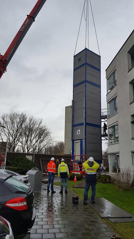 https://www.kroombv.nl/wp-content/uploads/2017/05/lift_renovatie_amsterdam_aannemer_kroombv_4.jpg