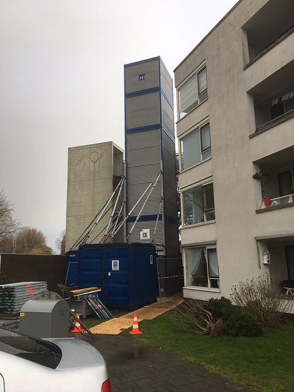 https://www.kroombv.nl/wp-content/uploads/2017/05/lift_renovatie_amsterdam_aannemer_kroombv_7.jpg