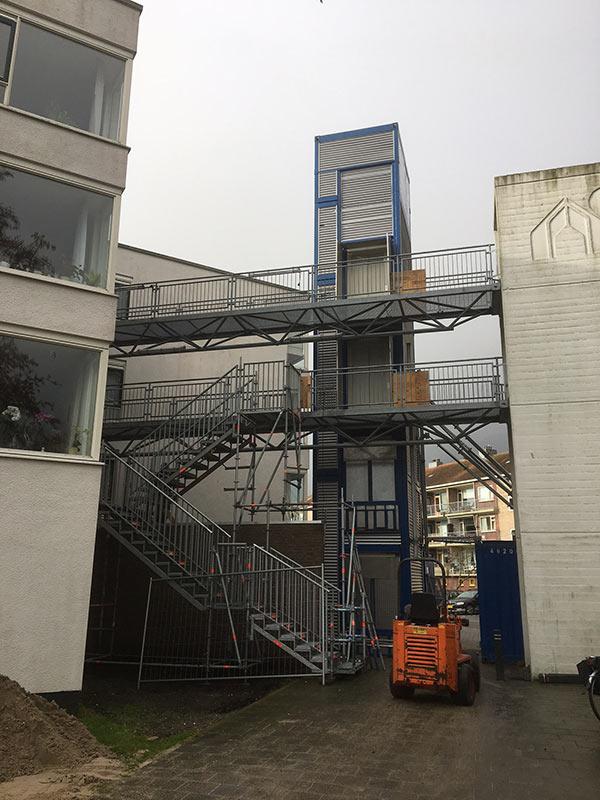 https://www.kroombv.nl/wp-content/uploads/2017/05/lift_renovatie_amsterdam_aannemer_kroombv_9.jpg