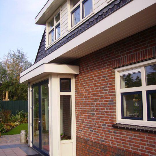 https://www.kroombv.nl/wp-content/uploads/2017/05/villa_nieuwbouw_aannemer_groot_amsterdam_kroom_2-540x540.jpeg