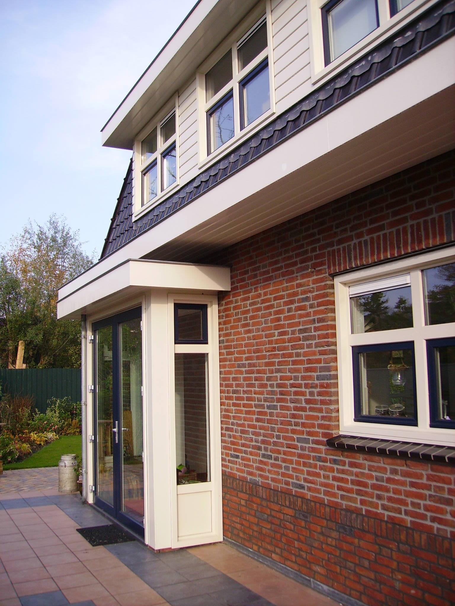 https://www.kroombv.nl/wp-content/uploads/2017/05/villa_nieuwbouw_aannemer_groot_amsterdam_kroom_2.jpeg