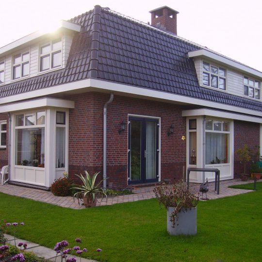https://www.kroombv.nl/wp-content/uploads/2017/05/villa_nieuwbouw_aannemer_groot_amsterdam_kroom_4-540x540.jpeg